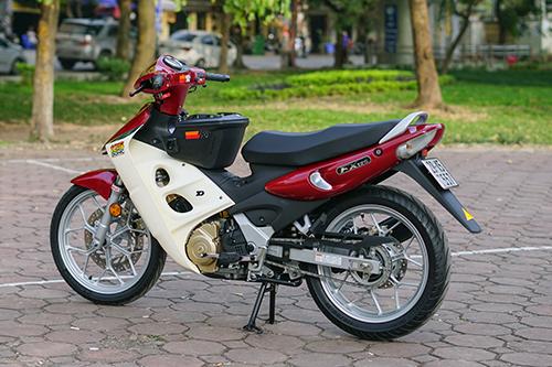 Chiếc FX 125 độ bánh Honda Winner biển 29K5 7557. Ảnh: Lương Dũng.