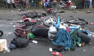 Nhân chứng vụ tai nạn xe container ở Long An: 'Hãi hùng lắm'