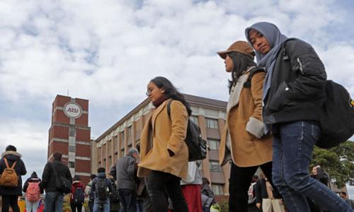 Một nửa sinh viên học tập tại trường đại học Ritsumeikan Châu Á Thái Bình Dương ở thị trấnBeppu là sinh viên nước ngoài. Ảnh: NAR.