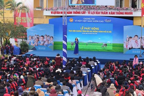 Lễ phát động chương trình Sữa học đường tại trường tiểu học Kim Đồng, Ba Đình, Hà Nội.