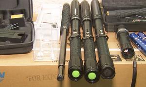 Công an Hà Nội thu giữ hơn 2.000 công cụ hỗ trợ trái phép