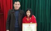 Nữ sinh trả lại 30 triệu đồng được Bộ Giáo dục tặng bằng khen
