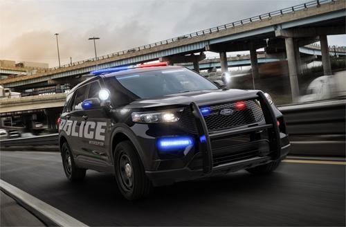Ford Police Interceptor Utility thế hệ mới xuất hiện trước khi Explorer 2020 ra mắt.