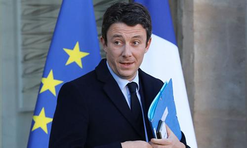 Phát ngôn viên chính phủ Pháp Benjamin Griveaux. Ảnh: France24.