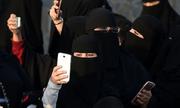 Phụ nữ Arab Saudi lần đầu được thông báo ly hôn qua tin nhắn