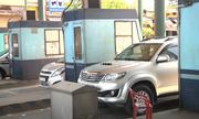 Tài xế dừng xe phản đối thu phí BOT ở TP HCM