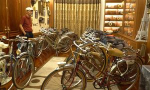 Bộ sưu tập hơn 100 xe đạp Peugeot cổ của người đàn ông Hà Nội