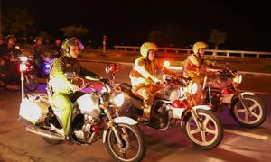 Cảnh sát 911 Đà Nẵng ra quân dịp giáp Tết