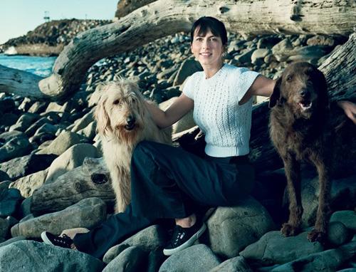 MacKenzie Bezos chụp năm 2013 trên bìa tạp chí thời trang Vogue. Ảnh: Vogue.