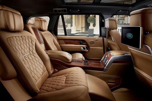 Range Rover SVAutobigraphy sử dụng da thật.