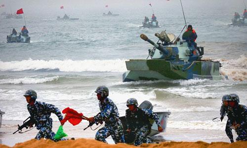 Binh sĩ Trung Quốc trong một cuộc diễn tập đổ bộ. Ảnh: ECNS.