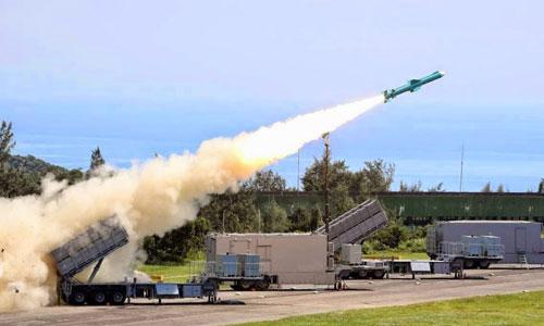 Tên lửa diệt hạm Đài Loan khai hỏa trong một cuộc diễn tập. Ảnh: CNA.