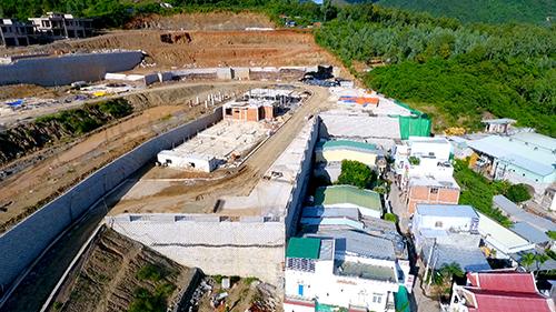 Dự án xây biệt thự trên đồi sát khu dân cư ở Nha Trang. Ảnh: An Phước