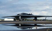 Mỹ điều 3 oanh tạc cơ B-2 đến Trân Châu Cảng