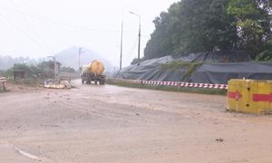 Người dân dừng chặn xe rác vào bãi Nam Sơn
