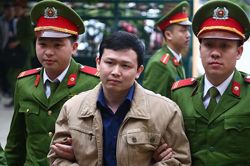 Trần Văn Sơn cuối chiều 15/1. Ảnh: Phạm Dự.