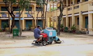 Những cỗ xe do nông dân Việt Nam chế tạo