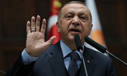 Tổng thống Thổ Nhĩ Kỳ Recep Tayyip Erdogan phát biểu trước quốc hội hôm 8/1. Ảnh: Reuters.