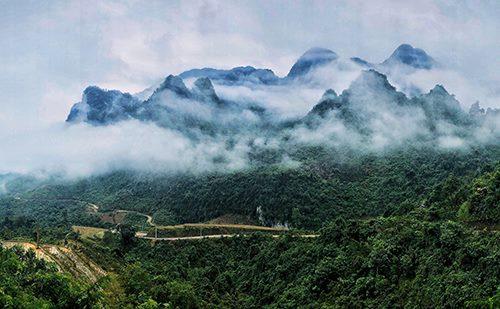 Huyện Hà Quảng (Cao Bằng) đang trải qua những ngày rét hại, trời nhiều mây, có mưa.Ảnh: Ngọc Thành