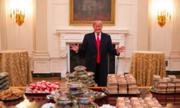 Đam mê đồ ăn nhanh khiến Trump mở tiệc burger tại Nhà Trắng