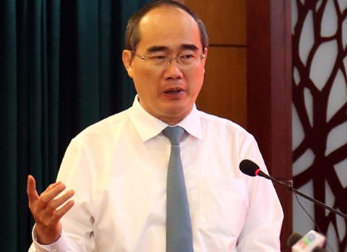 Bí thư Thành ủy Nguyễn Thiện Nhân tại hội nghị hôm nay. Ảnh: Hữu Công.