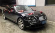 Ba xe siêu sang Bentley cùng đoàn đâm 'dồn toa'