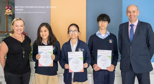 Học sinh Trường Quốc tế Anh BIS Hà Nội đạt điểm số cao nhất thế giới trong kì thi của Cambridge