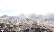 Hàng trăm tấn rác công nghiệp đổ trộm xuống mỏ đá Đồng Nai