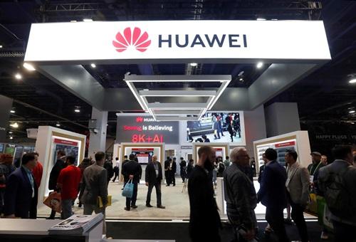 Gian hàng của Huawei tại triển lãm điện tử tiêu dùng CES 2019 ở Las Vegas, Mỹhôm 9/1. Ảnh: Reuters.