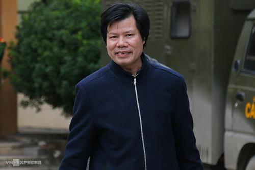 Ông Nguyễn Hữu Dũng tại toà. Ảnh: Phạm Dự.