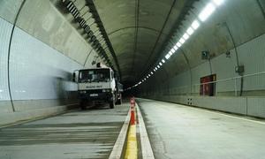 Ngày mai hầm Cù Mông thông xe