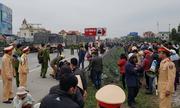 Xe tải đâm đoàn cán bộ xã ở Hải Dương, 8 người chết