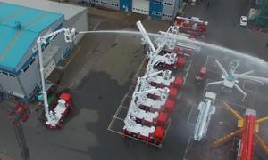 Dàn xe chữa cháy cần trục lần đầu xuất hiện tại Việt Nam