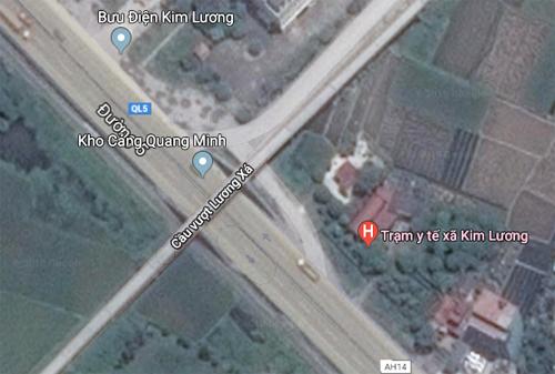 Tai nạn xảy ra trên quốc lộ 5 nối Hà Nội - Hải Phòng, vị trí gần Trạm Y tế xã Kim Lương(Kim Thành, Hải Dương). Ảnh: Gmap.