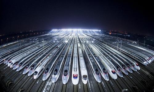 Các đoàn tàu cao tốc Trung Quốc trong đợt xuân vận năm 2018. Ảnh: AFP.