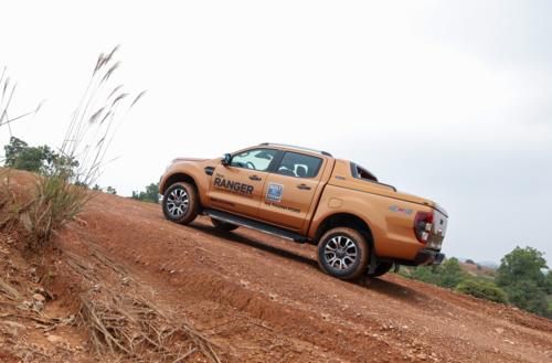 Một mẫu Ranger Wildtrak 2018 offroad tại Hà Nội. Ảnh: Đức Huy.
