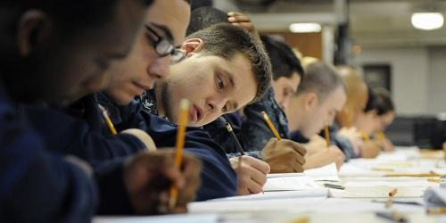 Các bài kiểm traIQ hiện được dùng để phân loại học sinh có khả năng nhận thức cao. Ảnh: Flickr