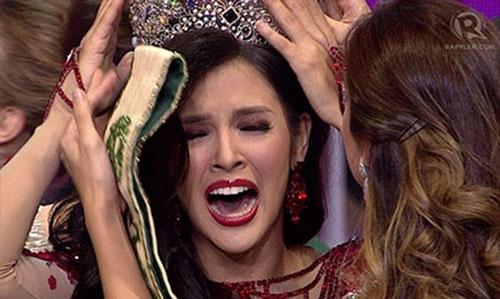 Tân hoa hậu Trái Đất Jamie đã bật khóc nức nở khi đăng quang Hoa hậu Trái đất năm 2014.