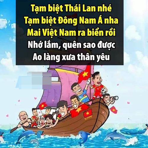 Phải chăng đã đến lúc bóng đá Việt Nam giương buồm...