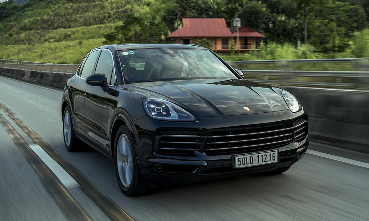 Porsche Cayenne - SUV cho nhà giàu Việt mê tốc độ