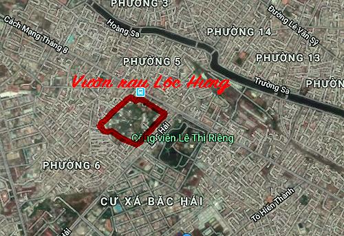 Vườn rau Lộc Hưng thuộc phường 6 quận Tân Bình, giáp ranh địa bàn quận 10 (Công viên Lê Thị Riêng).