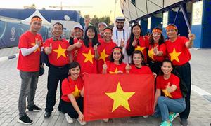 'Sốt' tour đi Dubai cổ vũ đội tuyển Việt Nam