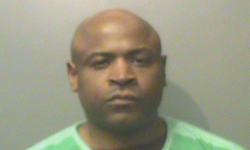 Ivory Lee Washington bị buộc tội chế tạo thiết bị nổ trong một nhà hàng ở thành phố Des Moines, bang Iowa, Mỹ. Ảnh: Register.