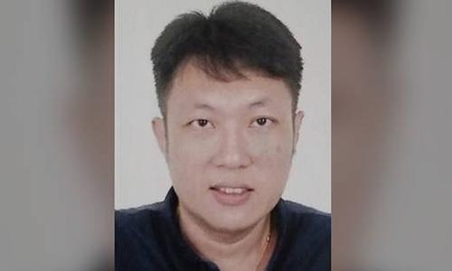 Tan Chuen Zin, 42 tuổi, bị bỏ tù vì sắp xếp hai vụ kết hôn giả. Ảnh: ICA.