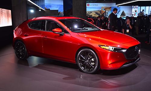 Biến thể hatchback Mazda3 2019 ra mắt tại Mỹ. Ảnh: Carscoops.