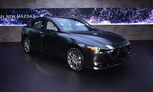 Mazda3 2019 phiên bản sedan tại Mỹ. Ảnh: Carscoops