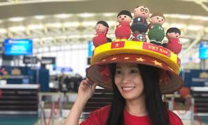 Bố mẹ cầu thủ và CĐV sang Dubai cổ vũ tuyển Việt Nam