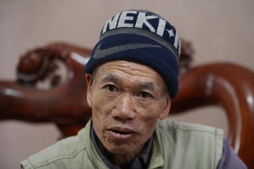 Ông Nghiêm là người chỉ đạo việc đào bới hai quả bom vào năm 1972. Ảnh: Gia Chính