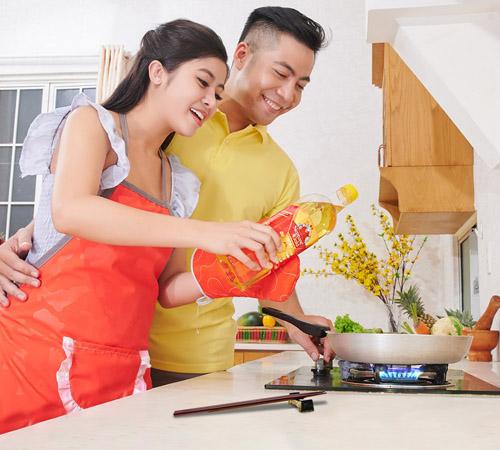 khai bếp đầu năm có nhiều ý nghĩa như cầu mong gia đình sung túc, hòa thuận,