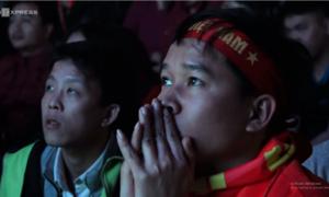 Cổ động viên nói gì sau thất bại của tuyển Việt Nam tại tứ kết?